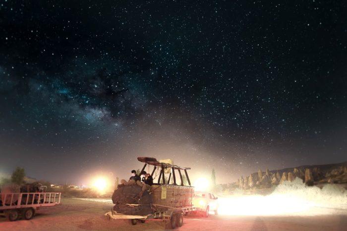 المعالصور سفر، صور سفر، المعالم السياحية في تركيا التخييم في الخارج، الليل في كابادوكيا