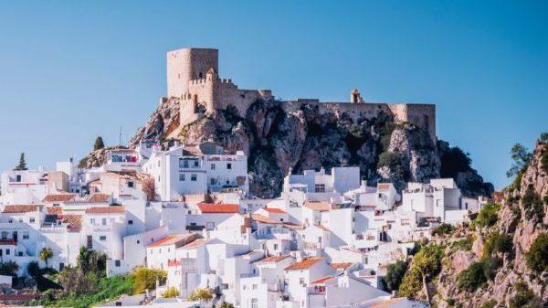 صور إسبانيا، أفضل الوجهات السياحية في إسبانيا، المدن البيضاء، إقليم الأندلس