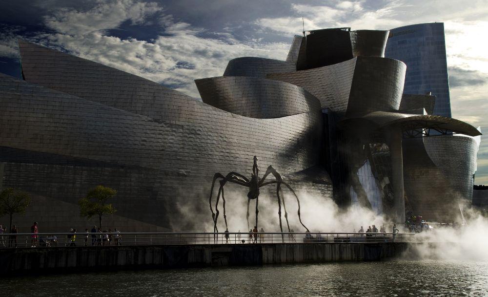 صور إسبانيا، صور سفر، أفضل الوجهات السياحية في إسبانيا، متحف غوغنهايم في بلباو