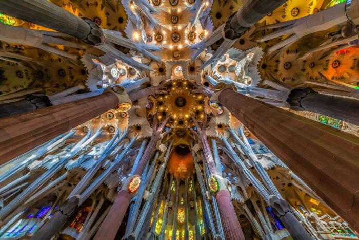 صور برشلونة، صور سفر، أفضل المعالم السياحية في برشلونة، كنيسة ساغرادا فاميليا