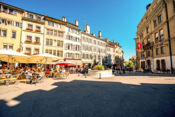 صور جنيف، صور سفر، أهم المعالم السياحية في جنيف، ساحة بورغ دي فور