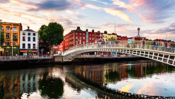 صور دبلن، صور سفر، أفضل المعالم السياحية في دبلن، جسر هايبني