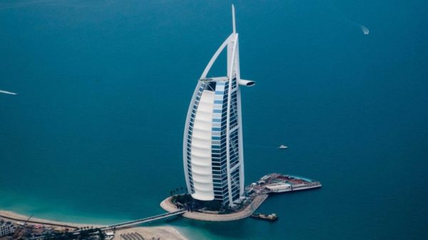 صور سفر، المعالم السياحية في الامارات برج العرب، دبي