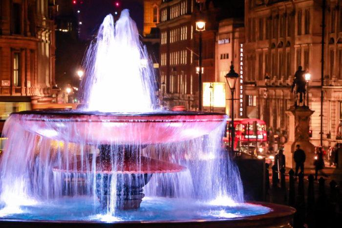 صور سفر، المعالم السياحية في المملكة المتحدة ميدان ترافلغار، لندن