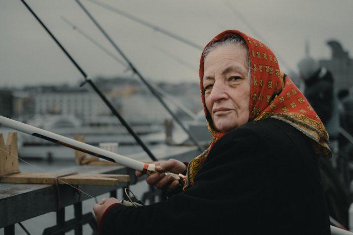 صور سفر، المعالم السياحية في تركيا الصيادين على جسر غلطة، إسطنبول