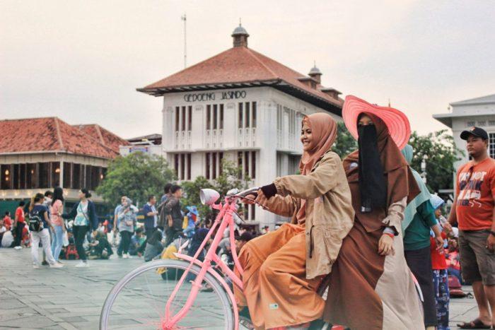صور سفر، المعالم السياحية في جاكرتا، مدينة كوتا توا