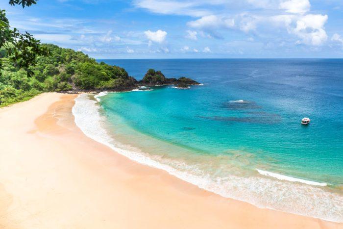 صور سفر، أجمل الشواطئ في العالم، شاطئ بايا دو سانشو