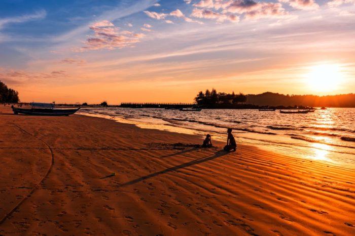 صور سفر، أجمل الشواطئ في العالم، شاطئ ناجابالي