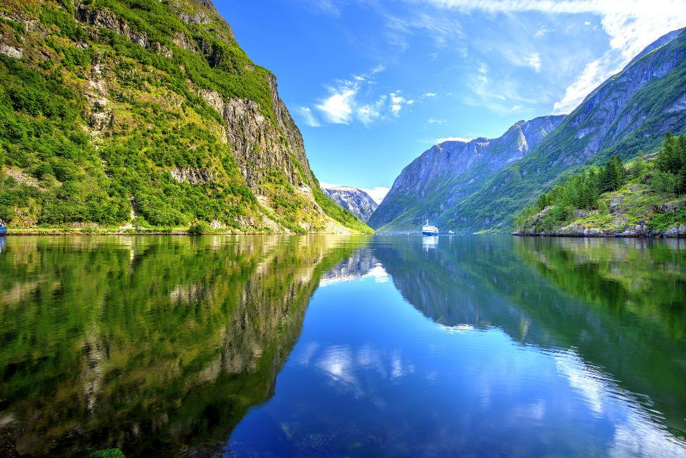 صور سفر، أجمل المواقع الطبيعية في اوروبا، المضايق النرويجية الغربية، النرويج