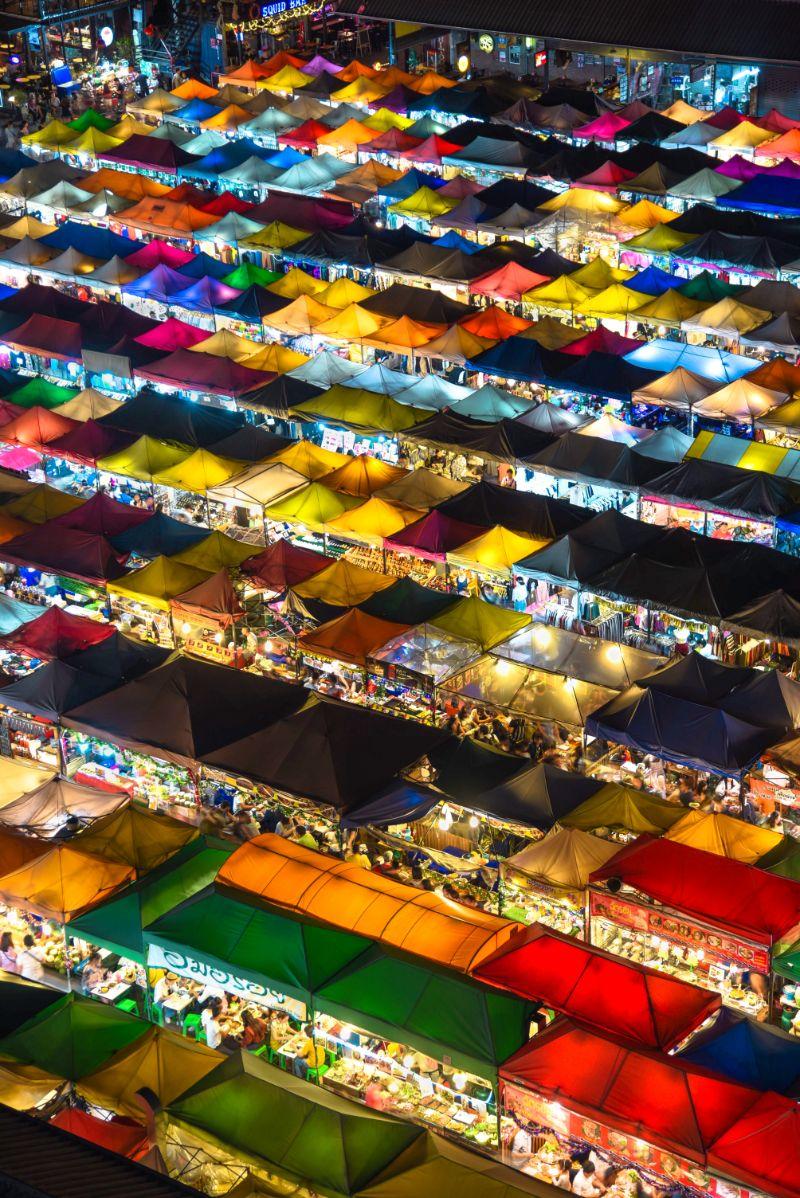 صور سفر، صور بانكوك، أهم المعالم السياحية في بانكوك، سوق باتبونغ