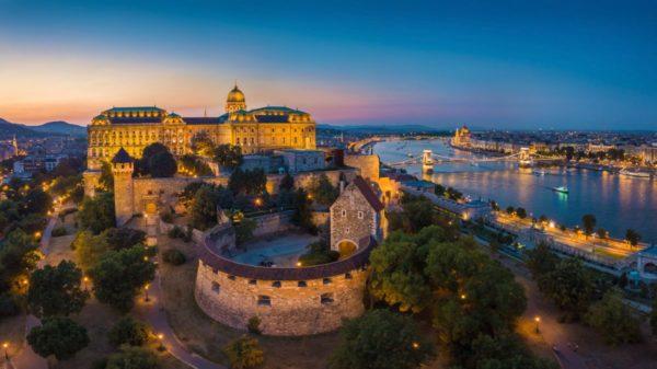 صور سفر، صور بودابست، أهم المعالم السياحية في بودابست، قلعة بودا