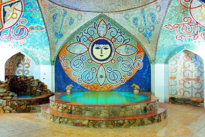 صور سفر تبليسي، المعالم السياحية في تبليسي، حمامات الكبريت
