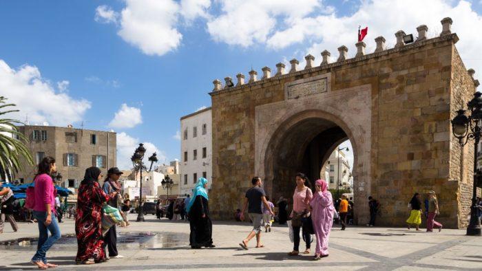 صور سفر تونس، أهم المعالم السياحية في تونس، باب البحر