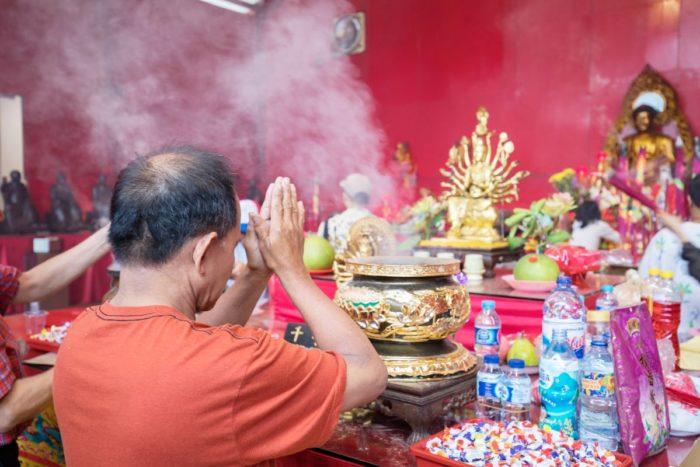صور سفر جاكرتا، المعالم السياحية في جاكرتا، معبد جين دويان