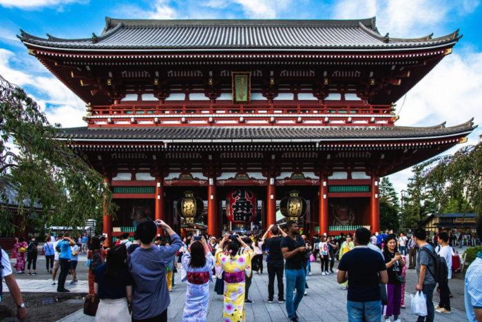 صور طوكيو، صور سفر، أفضل المعالم السياحية في طوكيو، معبد سينسوجي